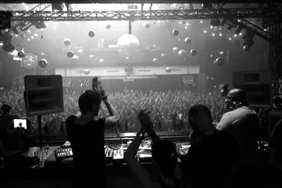 Coxy & Mr. Hawtin on The Revolution
